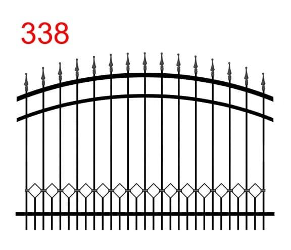 Muster des Zauns mit bogenförmiger oberer Verbindung mit leicht vorstehenden Stäben, die in speziellen Pfeilspitzen mit einer Kugel an der Spitze enden und einer Spur von Stäben, die mit den größeren Stäben verbunden sind