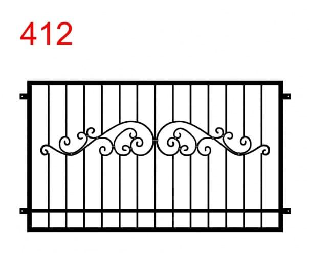 ein Zaun- oder Geländerdesign mit einem speziellen Muster in der Mitte des Zauns