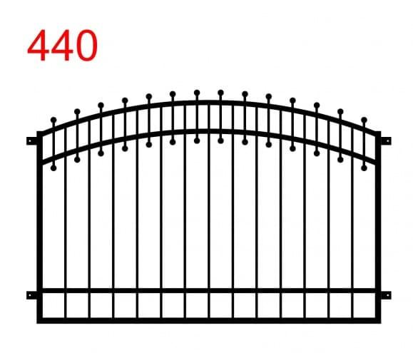 Zaun- oder Geländerkonstruktion mit einem Doppelbogen mit kleinen Stäben, die auf beiden Seiten am oberen Gelenk in Kugeln enden