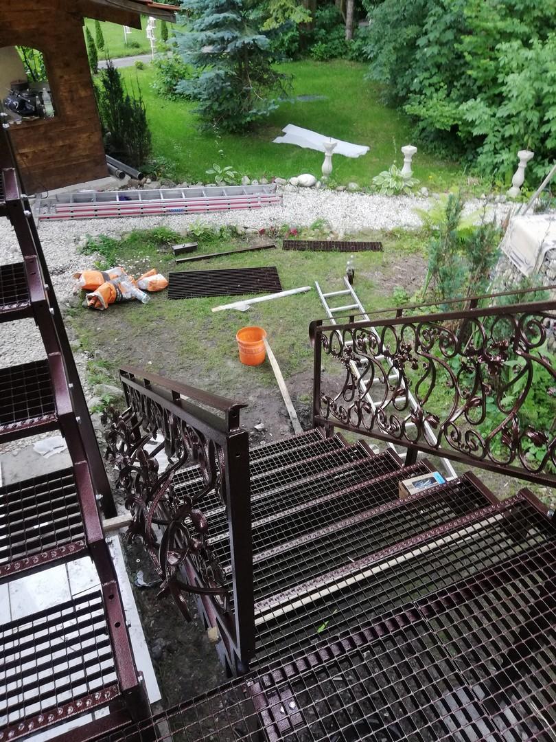 Einbau eines neuen Treppengeländers