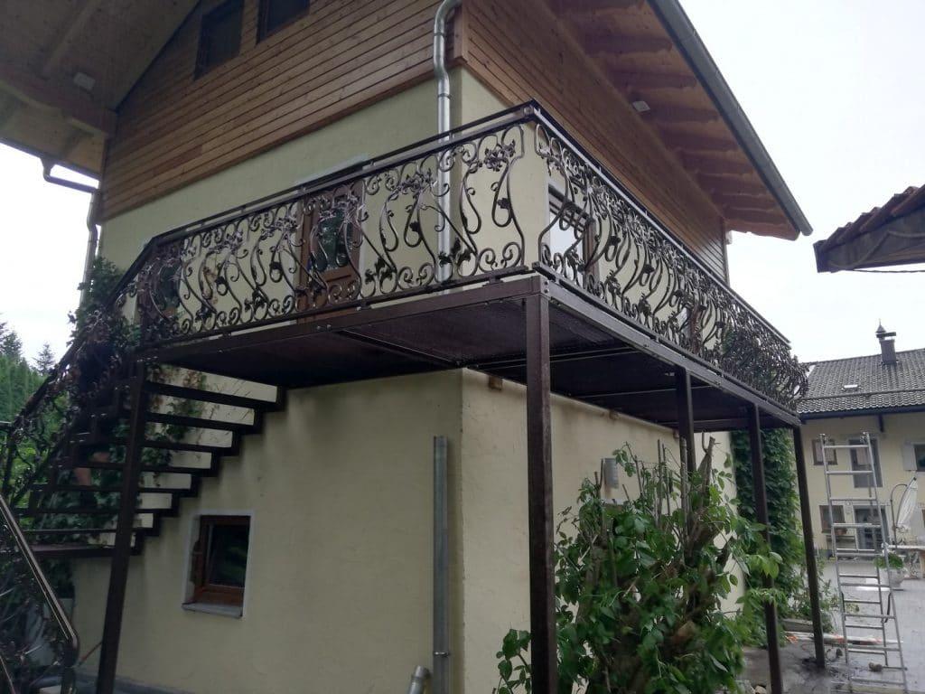 Terrassengeländer mit schönen Designs